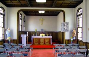横手教会内部